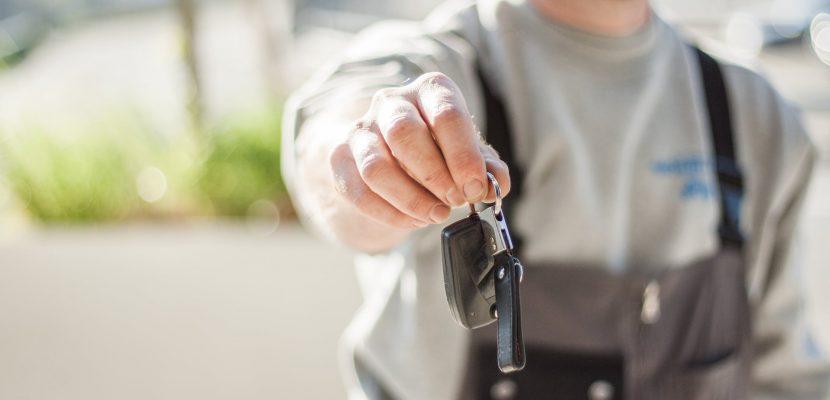 Na co uważać przy wynajmie aut?